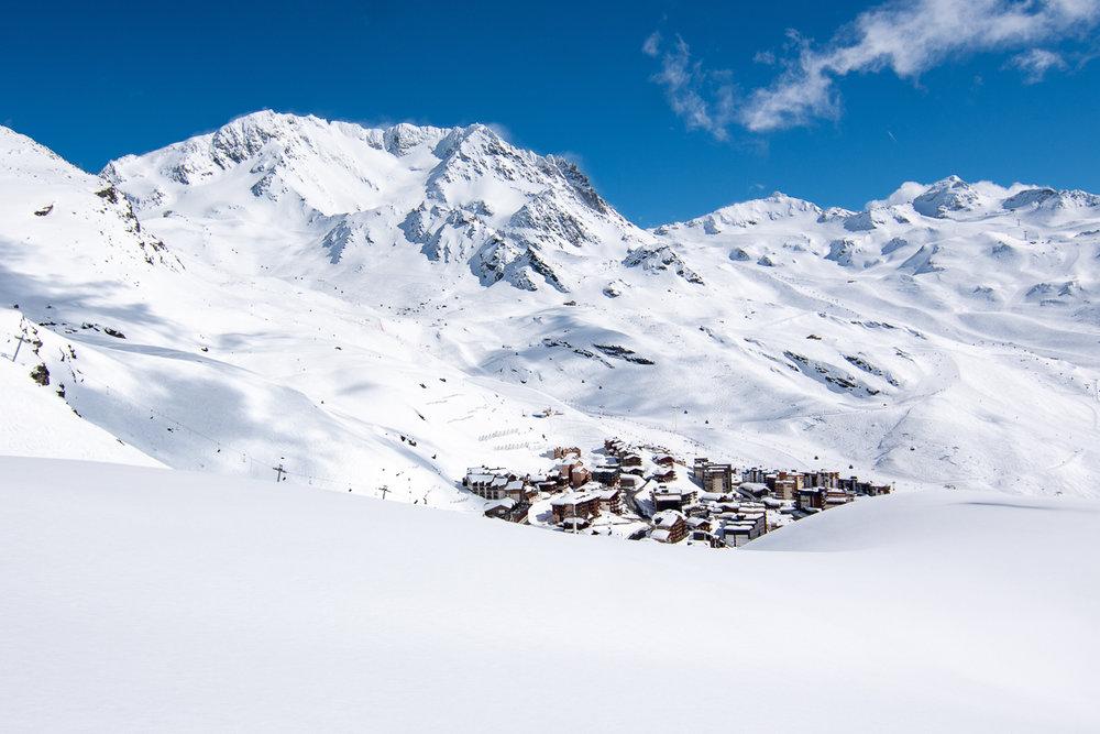 Ambiance hivernale et paysage de carte postale depuis le domaine skiable de Val Thorens - © T. Loubere / OT Val Thorens