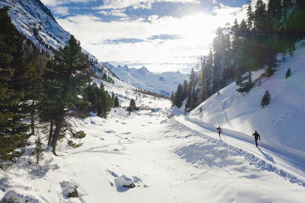 Langlaufen in St. Moritz - © Engadin St. Moritz Tourismus | Filip Zuan