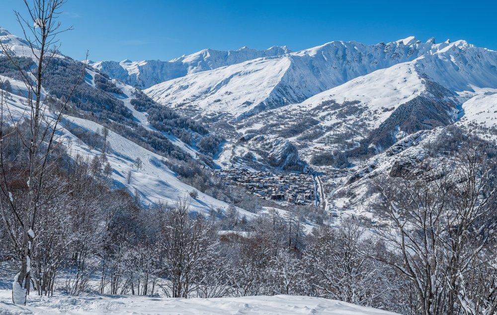 Vue sur le village de Valloire - © Alban Pernet / Valloire