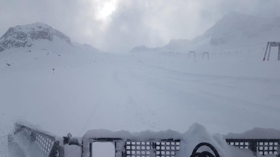 Massig Schnee derzeit am Stubaier Gletscher - © Facebook Stubaier Gletscher