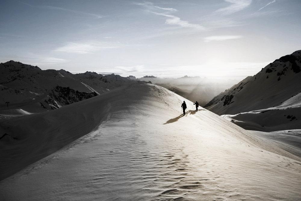 Skiing St. Anton  - © ©TVB St. Anton am Arlberg_Michael Mueller_KME Studios