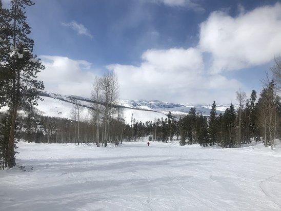 Ski Granby Ranch - Easy 3 inches of fresh powder at Colorados best hidden gem  - © Bender