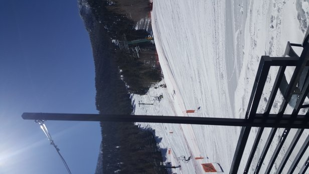 Lee Canyon - Powder mon,tues, wed... sunny all day. - © Jc
