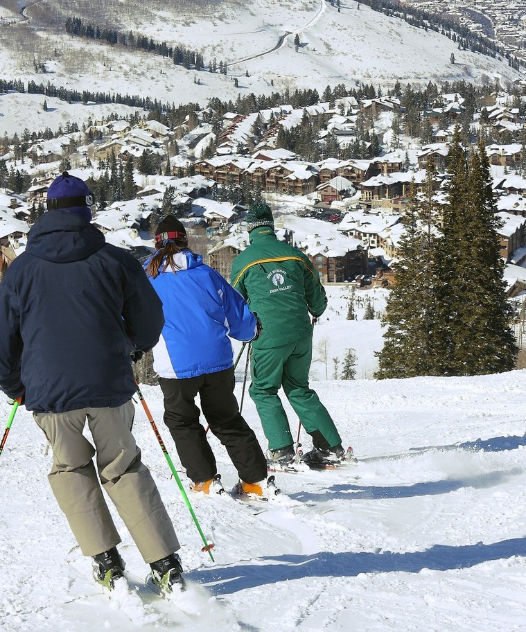 Deer Valley instructors teach skiing differently to men and women.