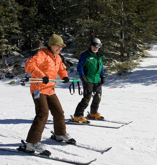Equilibre, maitrise de la trajectoire... les rudiments de l'apprentissage du ski...