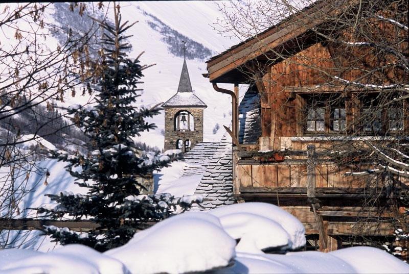 Les stations villages vous invitent à goûter à une montagne authentique : quand convivialité, quiétude et petits prix se conjuguent avec simplicité  - © Office de Tourisme de St Martin de Belleville