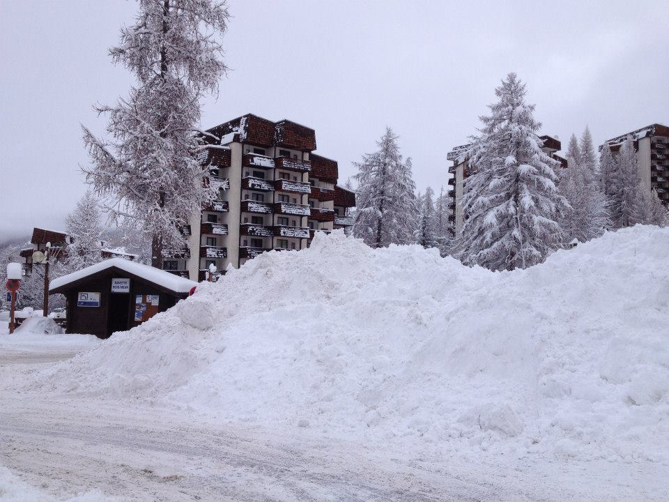 Snow piling up in Les Orres. Dec. 15, 2012