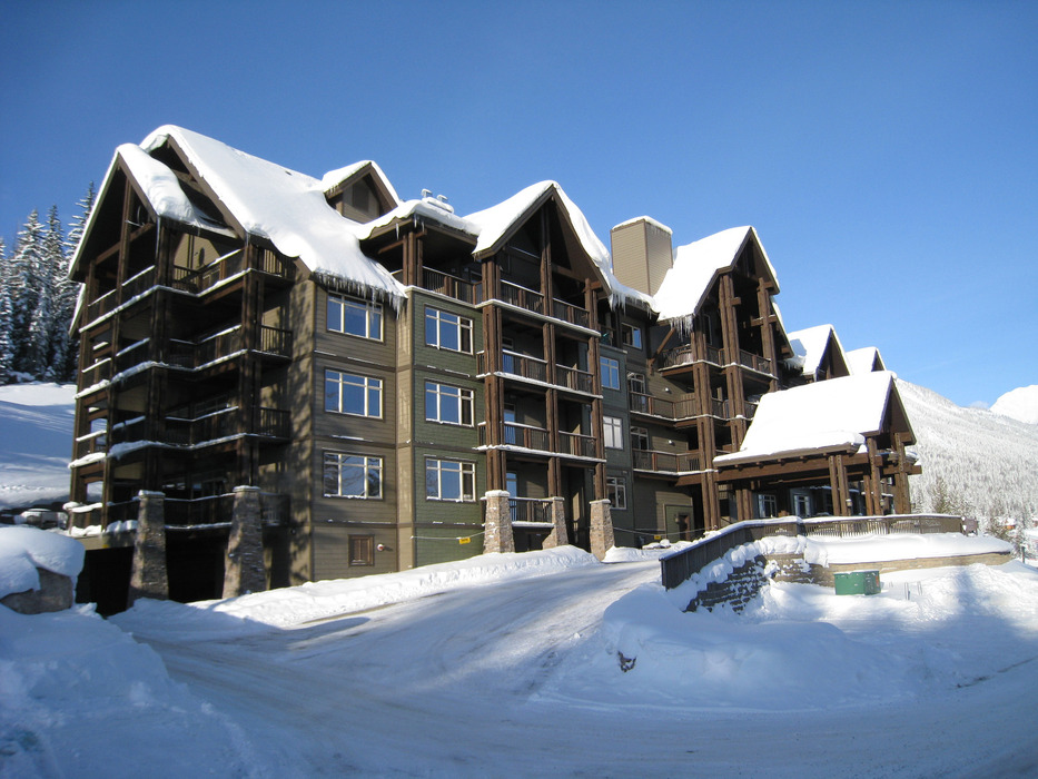 Palliser Lodge at Kicking Horse Mountain Resort. Photo courtesy of Bellstar Resorts.