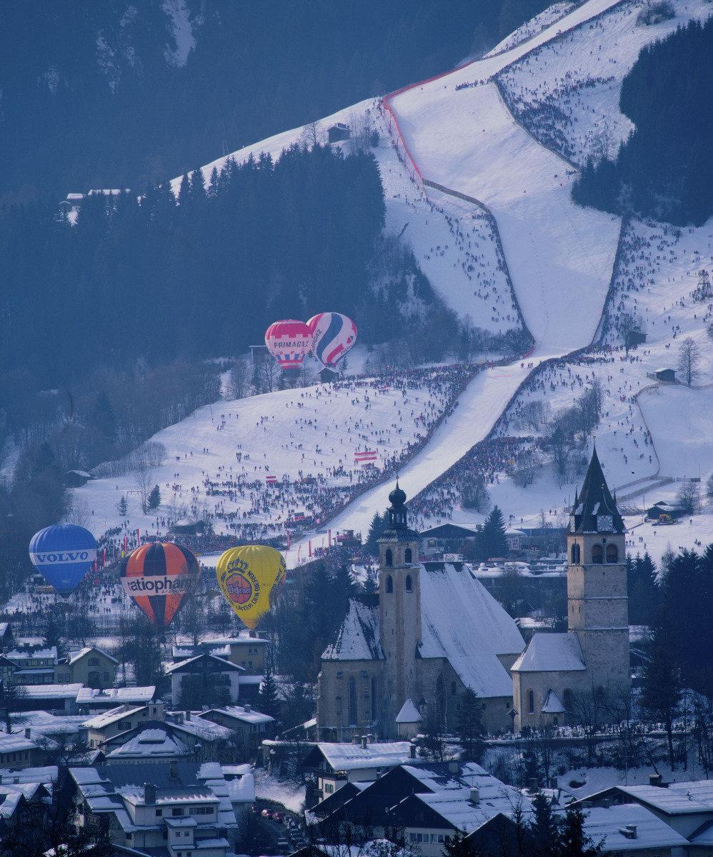 Streif w Kitzbühel  uchodzi za jedną z najtrudniejszych i najniebezpieczniejszych tras alpejskiego Pucharu Świata - © Albin Niederstrasser