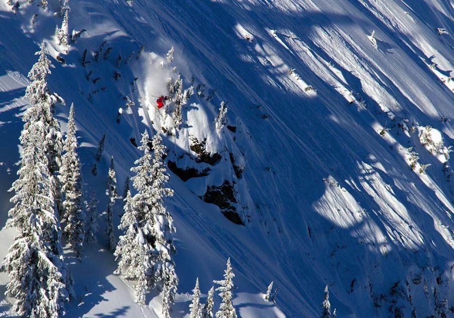 Swatch Freeride on Mackenzie Face at Revelstoke. Photo courtesy of Revelstoke Mountain Resort.