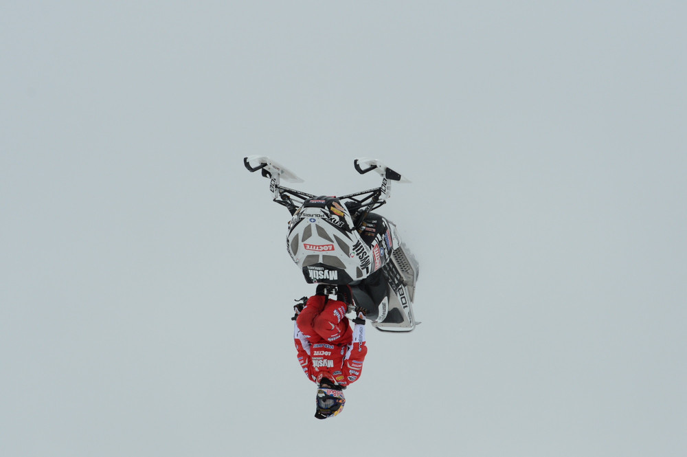 Levi Levallee is upside down. - ©ESPN