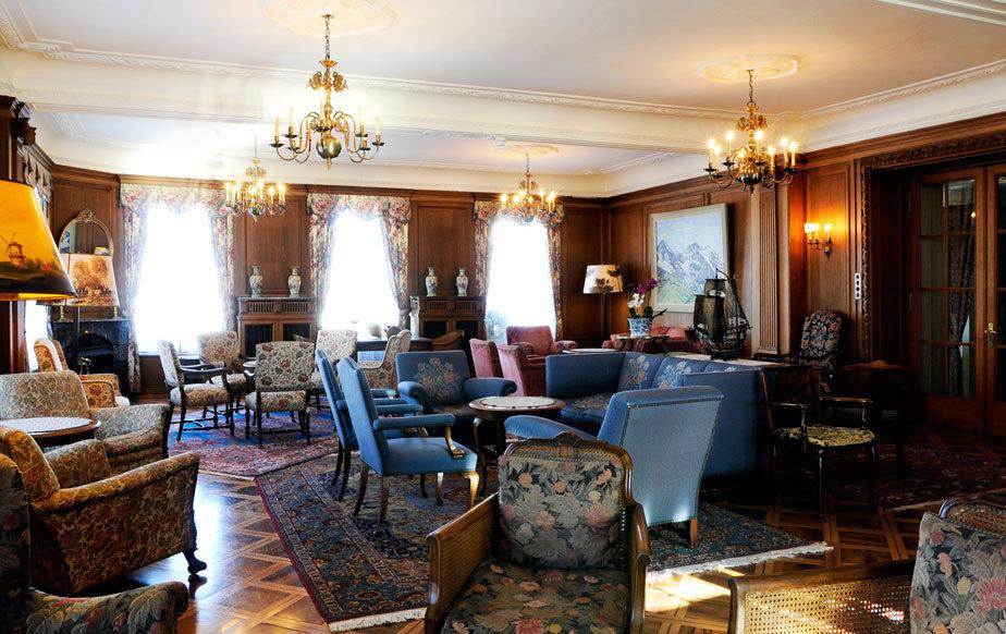 Grand lounge at Hotel Bellevue des Alps, Engelberg - © Scheidegg Hotels