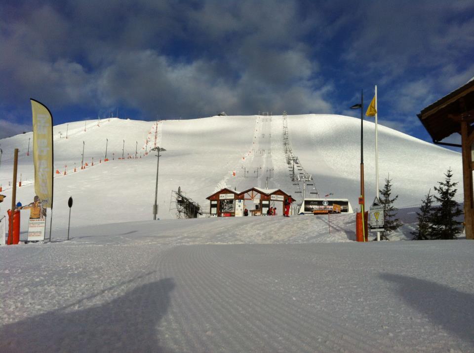 Une belle journée de ski en perspective sur les pistes de l'Alpe d'Huez - © OT Alpe d'Huez