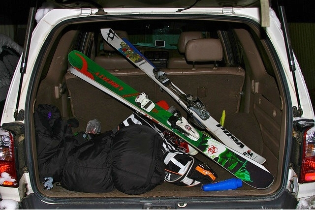 Packing the car for the mountain. - ©Flickr/Zach Dischner