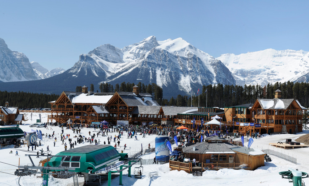 Spring revellers crowd the Lake Louise ski area. Photo by Mark Shannon, courtesy of Ski Big 3.