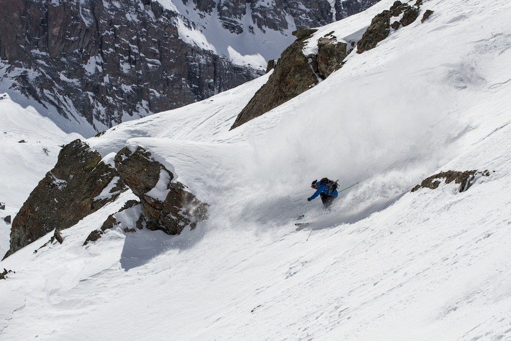Steep, big-mountain powder lines are found all over Telluride. Skier: Greg Hope - © Liam Doran