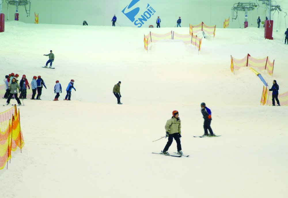 Snow Factor in Glasgow is the United Kingdom's largest indoor ski and snowboard facility featuring real snow. - © Snow Factor
