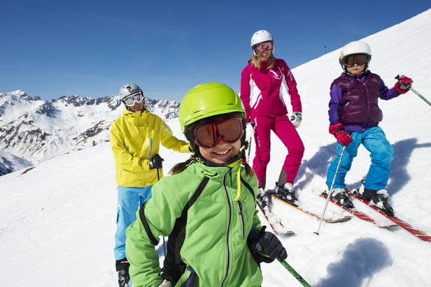 Family freeriding in St. Anton am Arlberg.