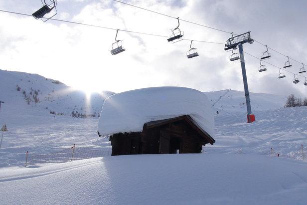 Plus d'un mètre de neige fraiche à Puy St Vincent et le soleil qui fait son retour... Que demander de plus ?