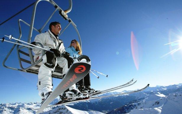 Ski sportif, ski festif, ski ensoleillé et chaleureux en famille ou entre amis à Serre Chevalier pour cette fin de saison