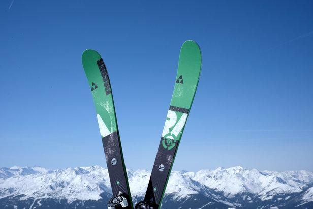 Testovali sme All Mountain lyže 2014/2015: Fischer Ranger 88 vs. Dynastar Powertrack 89- ©Skiinfo