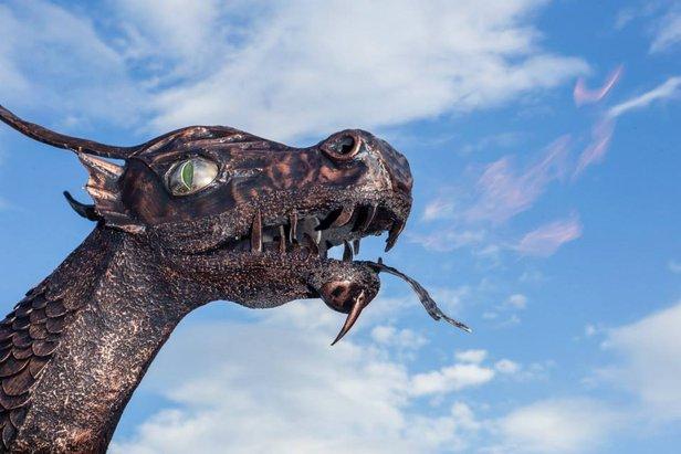Jedna z troch hláv draka Demiána  - © TMR