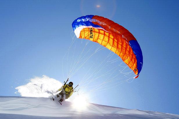 Le speed riding, une expérience unique et un moment de sensations entre neige et airs...
