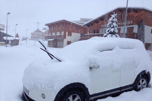 40 cm of fresh snow in Alpe d'Huez (FRA) - Nov 17, 2014