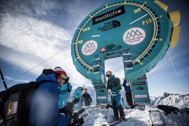Chamonix-Mont-Blanc sa pripravuje na štart Swatch Freeride World Tour 2015 by the North Face ©freerideworldtour.com /DDaher