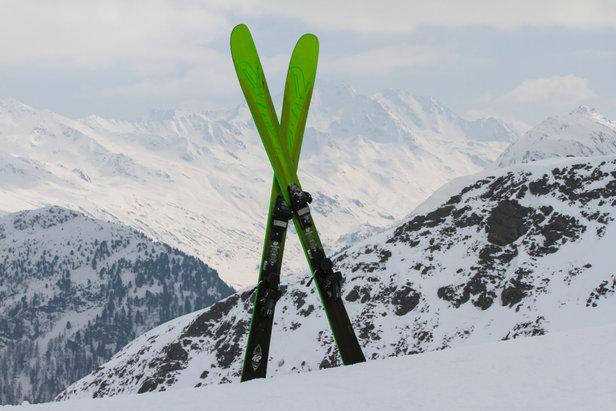 Avec son modèle Pinnacle 95, K2 nous propose un ski polyvalent, à la fois accessible, rassurant et assez parformant.