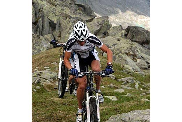 Heerlijke technisch singletrails.  - © www.aletsch-bikemarathon.ch