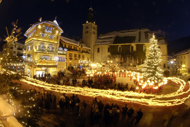 Christmas processions in pretty Megeve