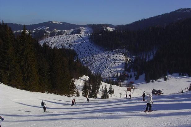 Vo väčšine stredísk sa už lyžuje