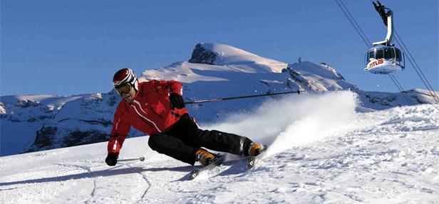(generique) - Ski alpin (photo OT Engelberg)