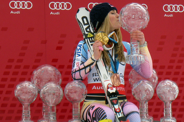Vonn Wins World Cup Opener In Solden