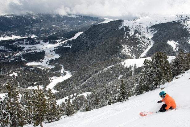 L'expérience ski dans les Pyrénées catalanes - ©Station de ski de La Molina