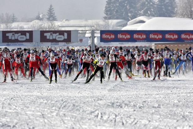Volkslanglauf im Schnee: Der Internationale Tiroler Koasalauf