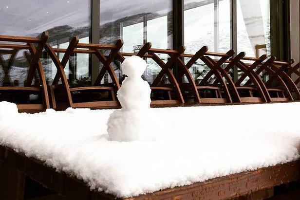 Łącznie na lodowcu Hintertux spadło aż 65cm śniegu!  - © Facebook Hintertuxer Gletscher