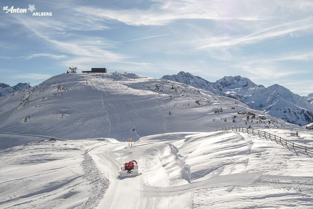 Największy ośrodek narciarski w Austrii Ski Arlberg w piątek otwiera sezon 2017/18- ©Facebook St. Anton am Arlberg