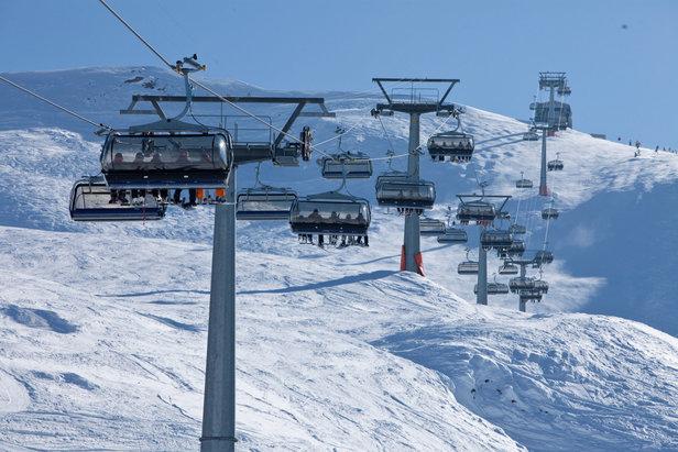Welke skigebieden zijn reeds geopend?- ©Bergbahnen Obersaxen Mundaun