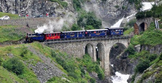 Treno-Furka_2set