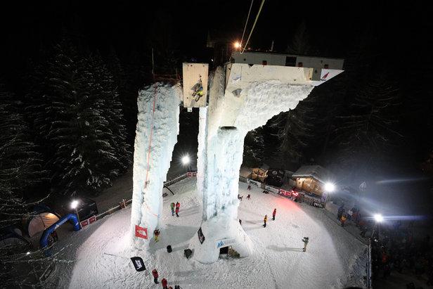 La Tour de glace de Champagny en Vanoise, théâtre de nombreuses compétitions, recevra la Coup de d'Europe de Cascade de Glace en janvier prochain
