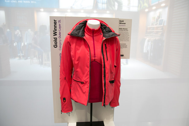 Dámska bunda W Paradise Heat Jacket od Helly Hansen získala na ISPO zlaté ocenenie