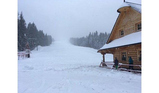 Slovenské strediská hlásia sneženie a až 20 cm prašanu- ©Grúniky - Sihelné facebook