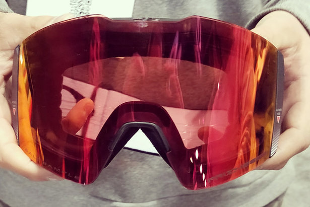 Oakley's 18/19 Fall Line XL goggle with electrochromic tech.  - © Heather B. Fried
