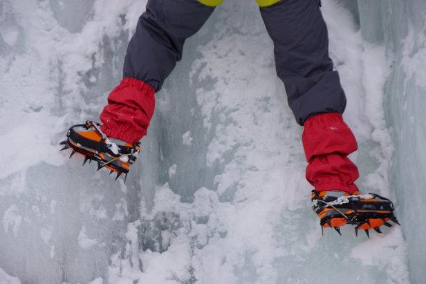 Steigeisen sind für eine Hochtour unerlässlich. Das Gehen damit sollten die Teilnehmer vorher ausreichend üben. - ©Pixabay © Gipfelsturm (CCO public domain)