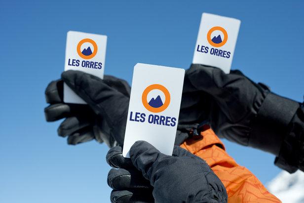 Pour gagner du temps de ski, éviter les files d'attente en caisses tout en bénéficiant de réductions, achetez vos forfaits de ski en ligne sur http://forfait.lesorres.com