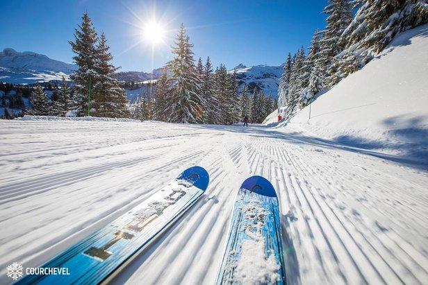 Po sněhové bouři v Alpách jsou lyžařské podmínky vynikající! ©Courchevel/Facebook