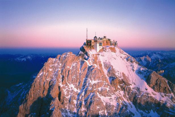 Gipfelalm restaurant on the Zugspitze (2,962m)  - © Gipfelalm