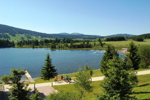 Cet été, préparez-vous à découvrir des nouvelles sensations grandeur nature dans les Montagnes du Jura
